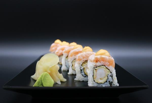 Maki tempura scampi og laks