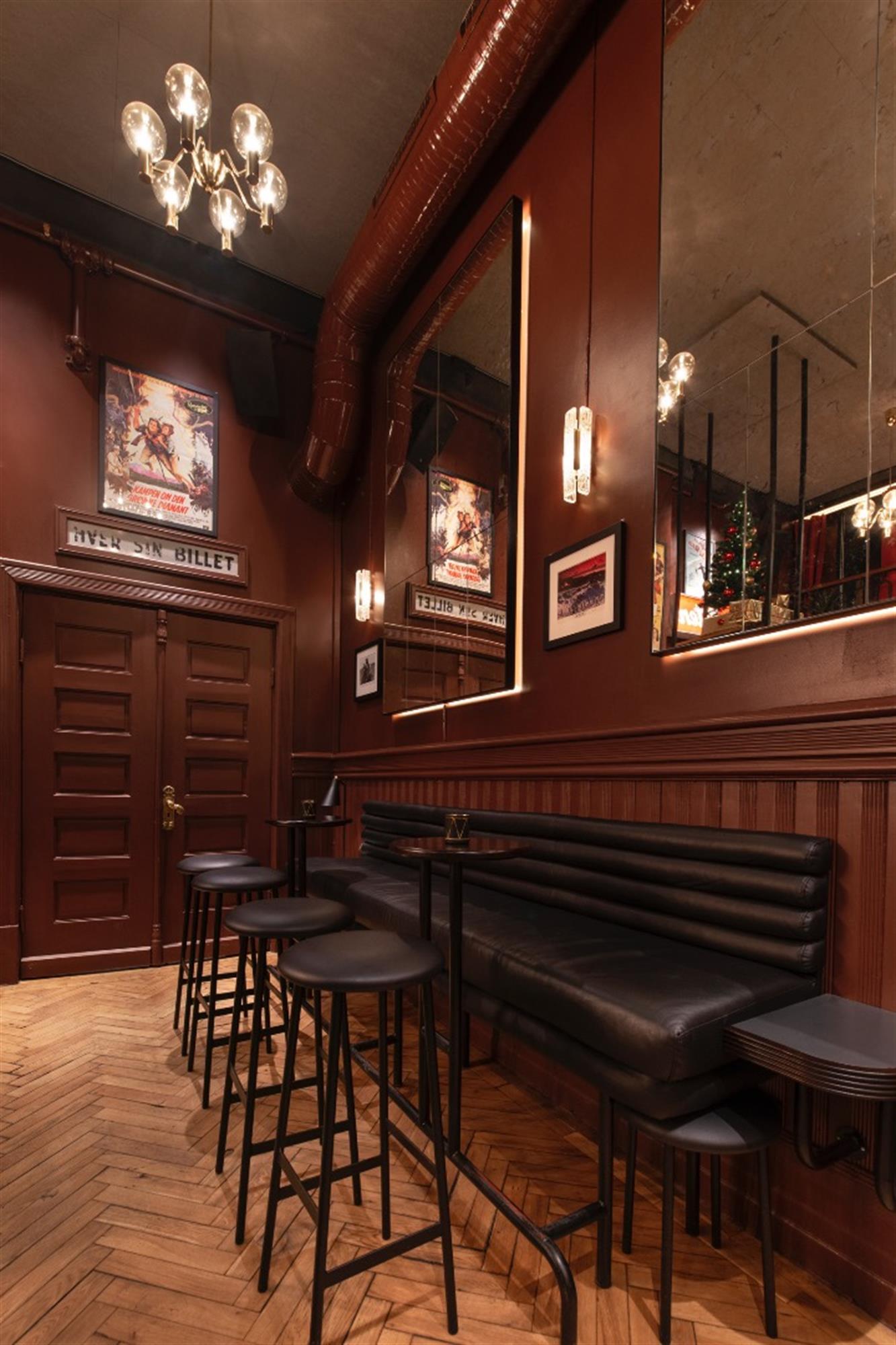 Festiviteten Bar & Scene (utsiden)